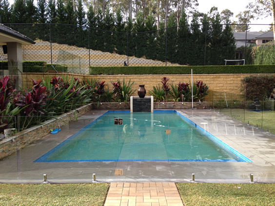 Services frameless glass pool fencing sydney mirage for Glass pool fences